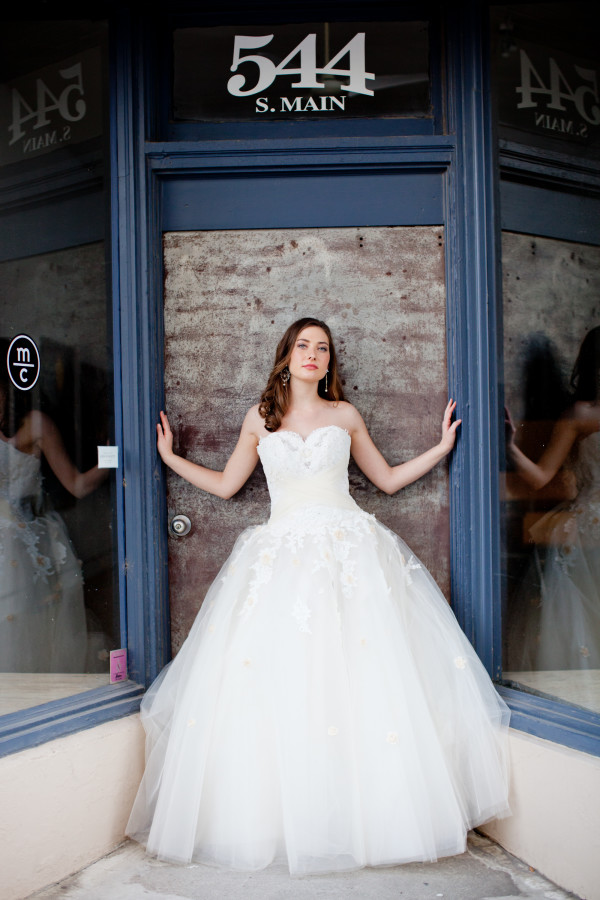 Southern Bride Magazine South Main Arts District Memphis Tn Michael Allen Photography